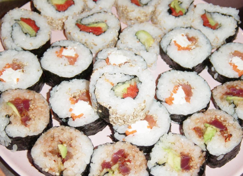 sushi-christmas-roll